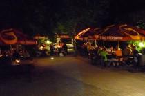 penzion-karasek-pocatky-nocni-zahradka-04-